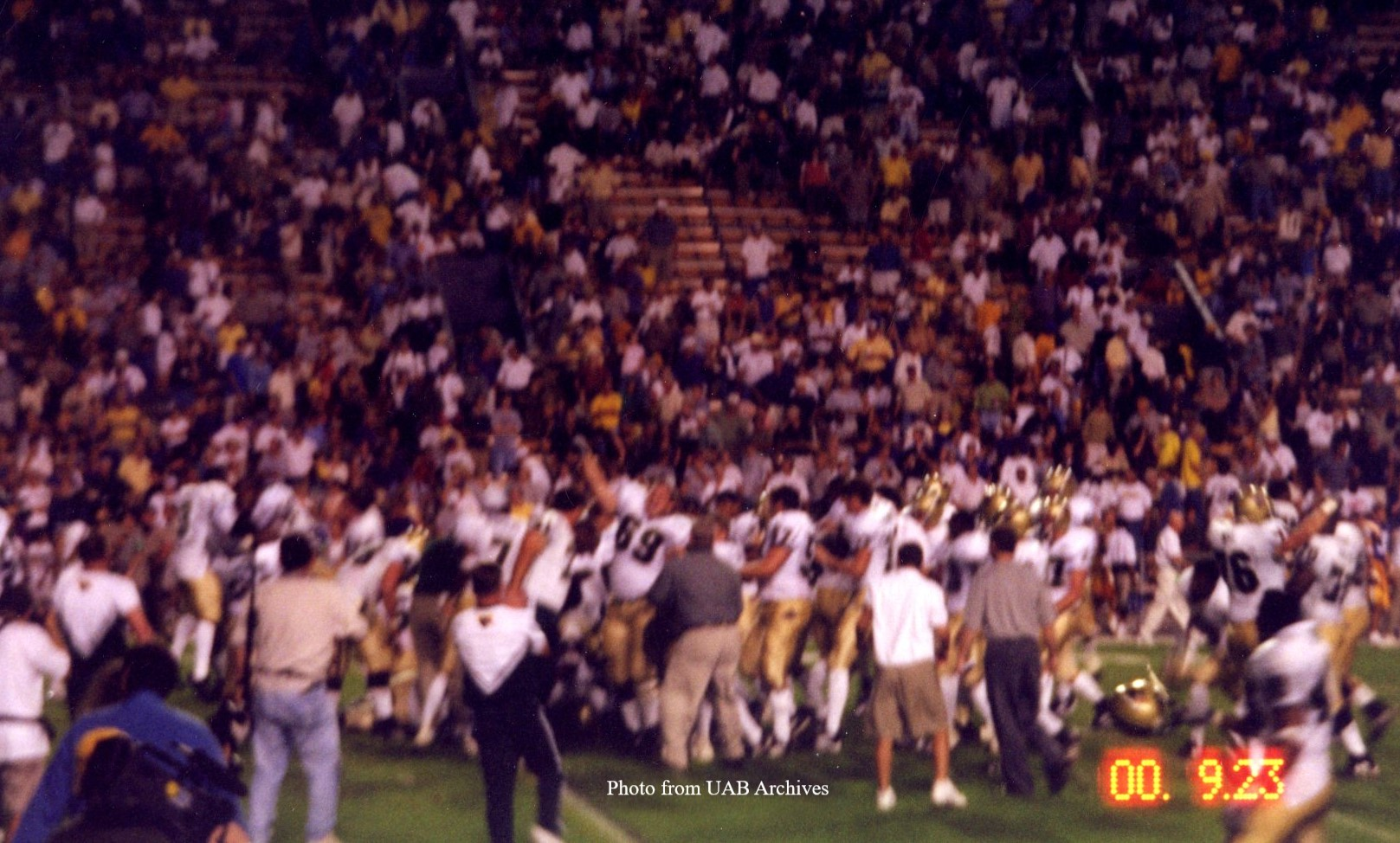 UAB defeats LSU on homecoming 2000